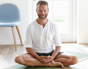 Yoga Benefits Prostate Cancer Patients By Reducing Radiation Treatment Side Effects – Dr. David Samadi